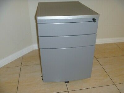 Maxton Fox Metal 3 Drawers Lockable Office Filing Cabinet With Inclusions