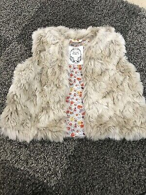 Girls Gillet Body Warmer Fur Marks & Spencers 18-24 Months 1-2 Years