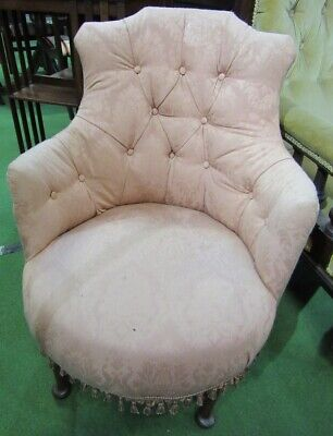 Antique Victorian pretty shaped button back nursing tub chair for reupholstery