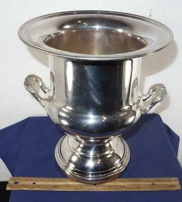 Vintage Champagne Wine Ice Bucket Trophy Silver Plated Possibly Oneida !!