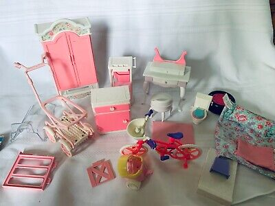 Large Lot Barbie Stuff  Random furniture and other pieces accessories
