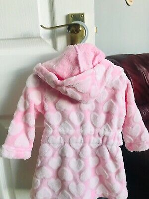 Babys Pink Spot Fluffy / Supersoft Dressing Gown Brand New 🌸 3/6 Months