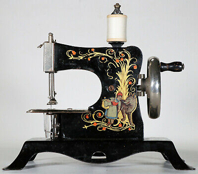 Alte Kindernähmaschine CASIGE 25. Antique toy sewing machine coudre jouet 1935