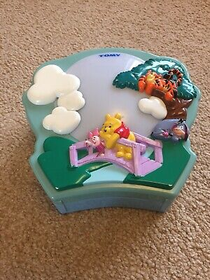 TOMY Winnie The Pooh Musical Night Light Comforter VGC