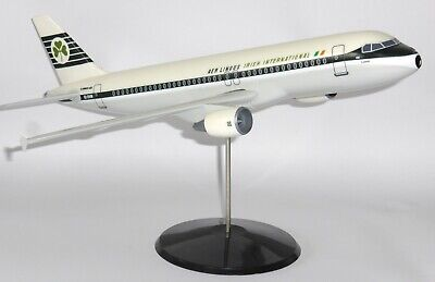 Airbus A320 Aer Lingus Retro Fratelli Cesana Collectors Model Scale 1:100 J