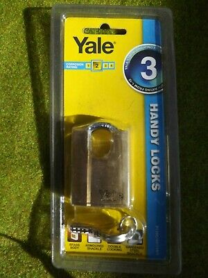 1 x YALE 40 MM BRASS PADLOCK    ARMOURED  SHACKLE- FREE POSTAGE