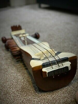 Beautiful Indian Sarangi - Antique and Exquisite Detailing