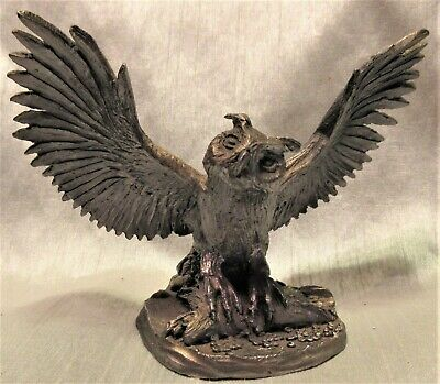 """Pewter Owl With Outstretched Wings On Log Figurine, 3"""" Tall, 15 Oz., Used - Vg"""