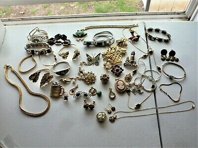1 1/2 Pounds of Assorted Jewelry, Great for Retail, Some Signed, 50 Pieces !