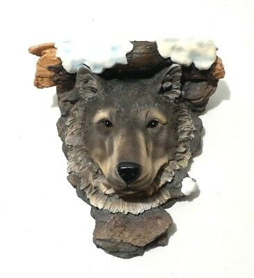 Wolf Wolves Figurine Resin wall Decoration shelf Detailed - Wall Art.