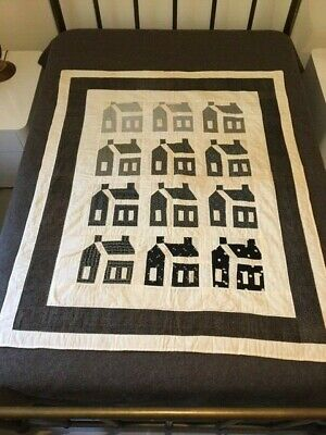 OUTSTANDING EARLY AMERICAN FOLK ART CRIB YOUTH QUILT SCHOOLHOUSE PRIMITIVE 1890s