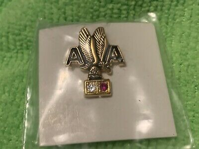 American Airlines 15 Anniversary Pin.   New Never Used - Free Shipping