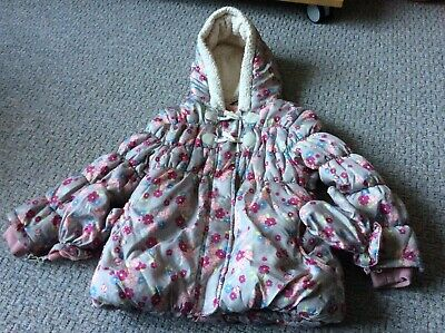 Excellent girls padded fleece lined hooded coat 5-6 yrs floral mittens gloves