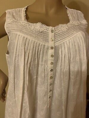 Eileen west nightgown Xlarge 100% Cotton Lawn long Stunning All Over Embroidery