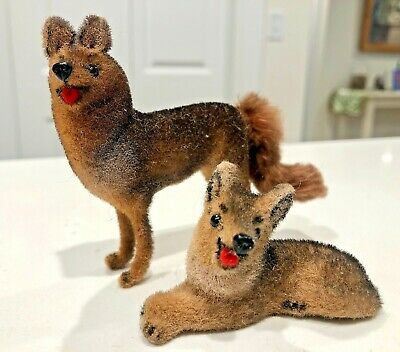 2 Kunstlerschutz Wagner German Shepherd flocked dogs vintage made in Germany