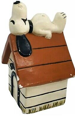Vintage Snoopy House Heavy Ceramic Figure