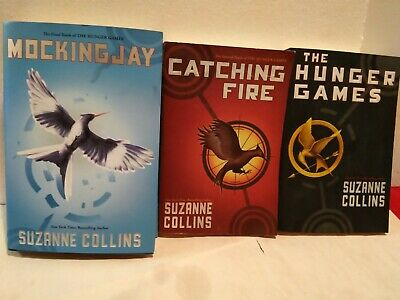 The Hunger Games book lot Trilogy Set Suzanne Collins Catching Fire Mockingjay