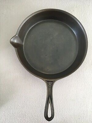 Antique Cast Iron Skillet #8 With Gate Mark And Heat Ring