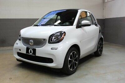 2017 Smart  2017 SMART FORTWO PASSION COUPE, JUST SERVICED!!!