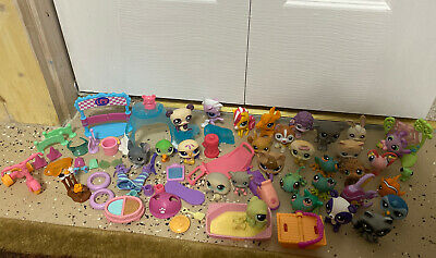 Huge Littlest Pet Shop Lot With Mixed Accessories - 31 Pets