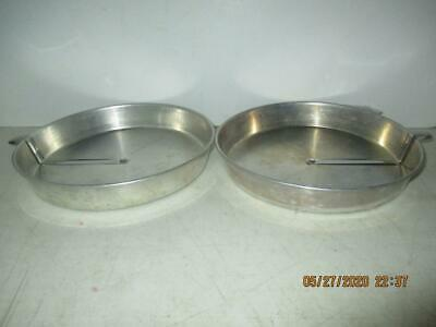 "Pair Vintage 9"" Aluminum Round Pie/Cake Pans With Metal Sliders."