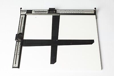 LPL Easel Mask 11x14 Inch / 28x36 cm with Adjustable Border  Excellent Condition