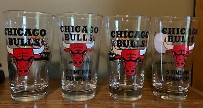 Collection of Vintage CHICAGO BULLS Miller Genuine Draft (MGD) Pint Glasses