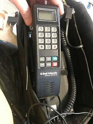 A Bill Atlantic Special Edition To Motorola Phone With Charger