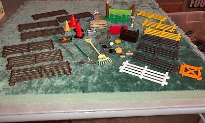 Breyer Horse Accessories Lot Pieces Of Stable Accessories And Fence
