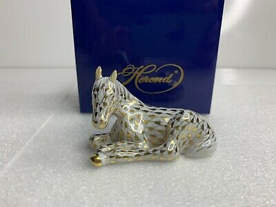 Herend Foal Seated Figurine Gold Fishnet 15451 Guild 1998 with Box