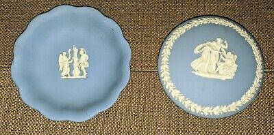 Wedgewood Blue and White round Shape covered Jewelry Trinket Box and small plate