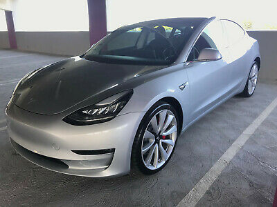 2018 Tesla Other  2018 Tesla Model 3 Performance - Silver!