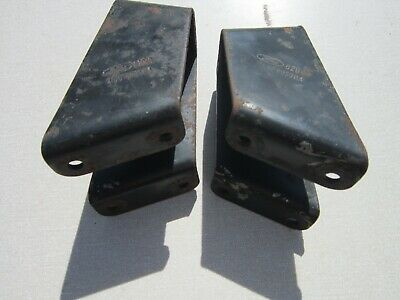 Genuine Ford Pinto Engine Mounting Pair N/S and O/S Capri Mk 2 and Mk 3