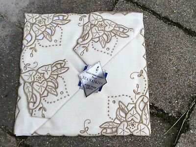 "NEVER USED - IRISH LINEN Hand Embroidered FOUR NAPKINS 14"" VINTAGE"