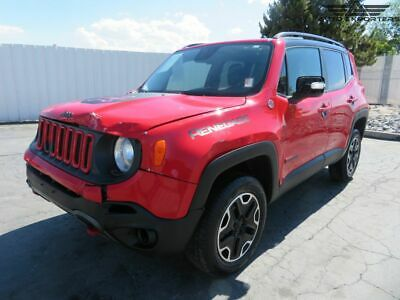 2015 Jeep Renegade Trailhawk 2015 Jeep Renegade Salvage Damaged Vehicle! Priced To Sell! Wont Last! L@@K!!