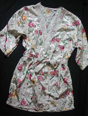 Pretty Floral Short Satin Robe with Lace by Kathryn - Size Large