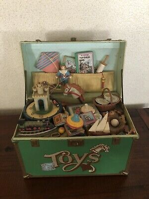 EnescoTreasure Chest Of Toys Mechanische Spieluhr