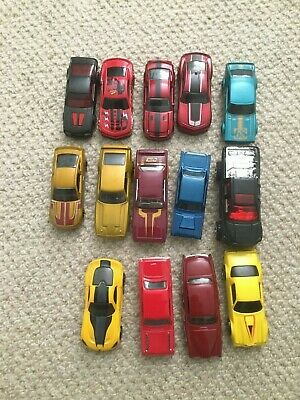 Joblot of 14 toy cars, including hotwheels