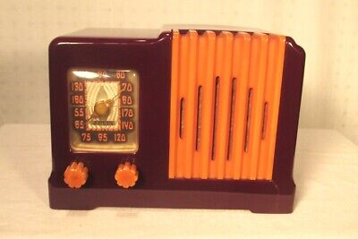 Antique Arvin vintage Catalin tube radio model 532 restored and working
