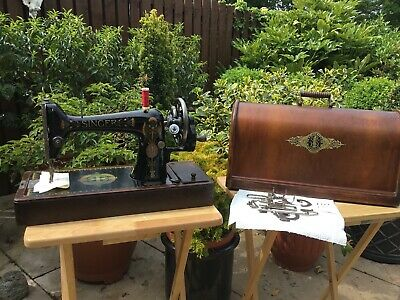Antique Singer 66K Hand Crank - circa 1919 Sewing Machine