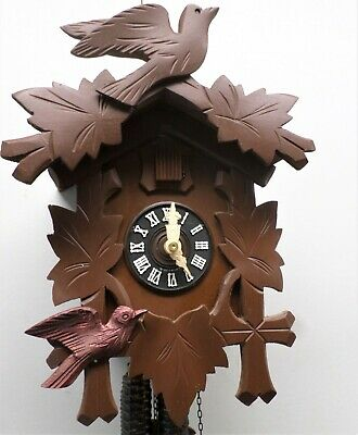 Nice German Rare 2 Bird Carved Working Black Forest Traditional Cuckoo Clock!