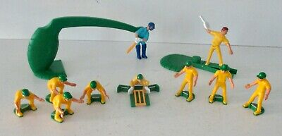~ SELECT FROM DROP DOWN LIST S SUPER CRICKET ~ IDEAL GAMES ~ SPARE FIGURE