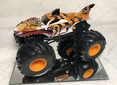 2018 Hot Wheels Monster Trucks Tiger Shark Large Scale Loose Pre Owned 14 95 Picclick