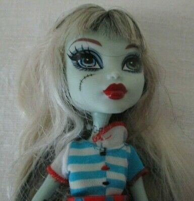"Monster High ""Frankie Stein Home ick"" doll in original outfit & shoes"