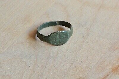 Byzantine to Medieval knight bronze ring Cross 11-13th century AD Sz 7