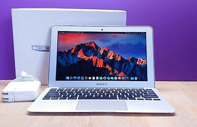 Apple MacBook Air 11 inch Laptop / 2.6GHZ Core i5 TURBO / 256GB SSD / OSX-2019