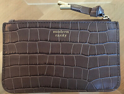 Modern Rarity Brown Leather Purse. New.