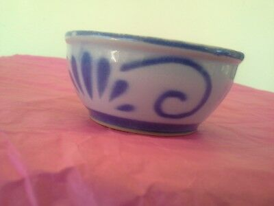 """Oriental style porcelaine finger bowl possibly hand painted blue & white 4"""""""