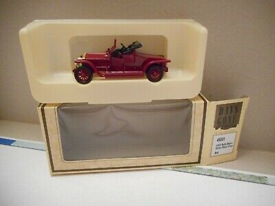 Lledo Days Gone 45001  1907 Rolls Royce Silver Ghost Coupe Red + box