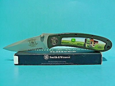 Smith & Wesson John Deere pocket knife 150th Anniversary gold Shield Issue 210CS
